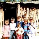 Niños casa